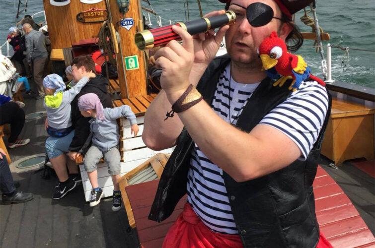 Piraten med sin papegøje