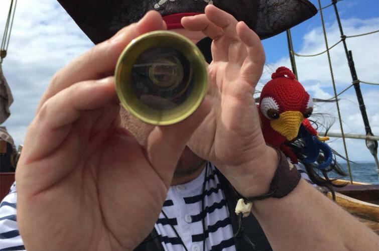 Piraten har fået øje på en sørøver